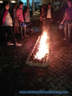 Motivasi Outbound di Batu : Walking on the Fire