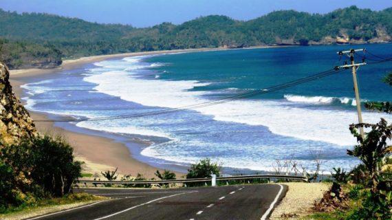 Wisata Pantai Di Pacitan Lagi Hits 2020